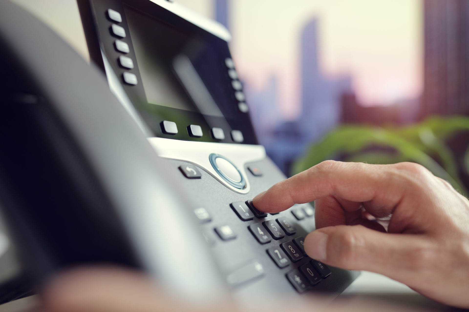 Dialing a telephone in the office - VoIP